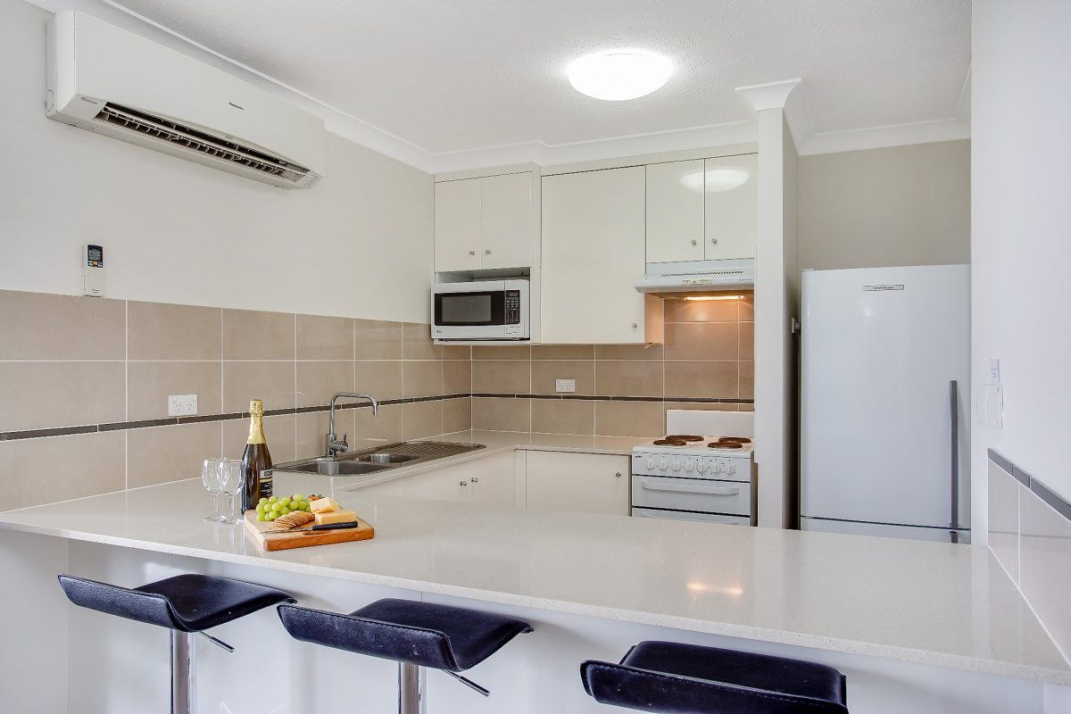 2 Bedroom Apartment Kitchen Pacific Broadbeach